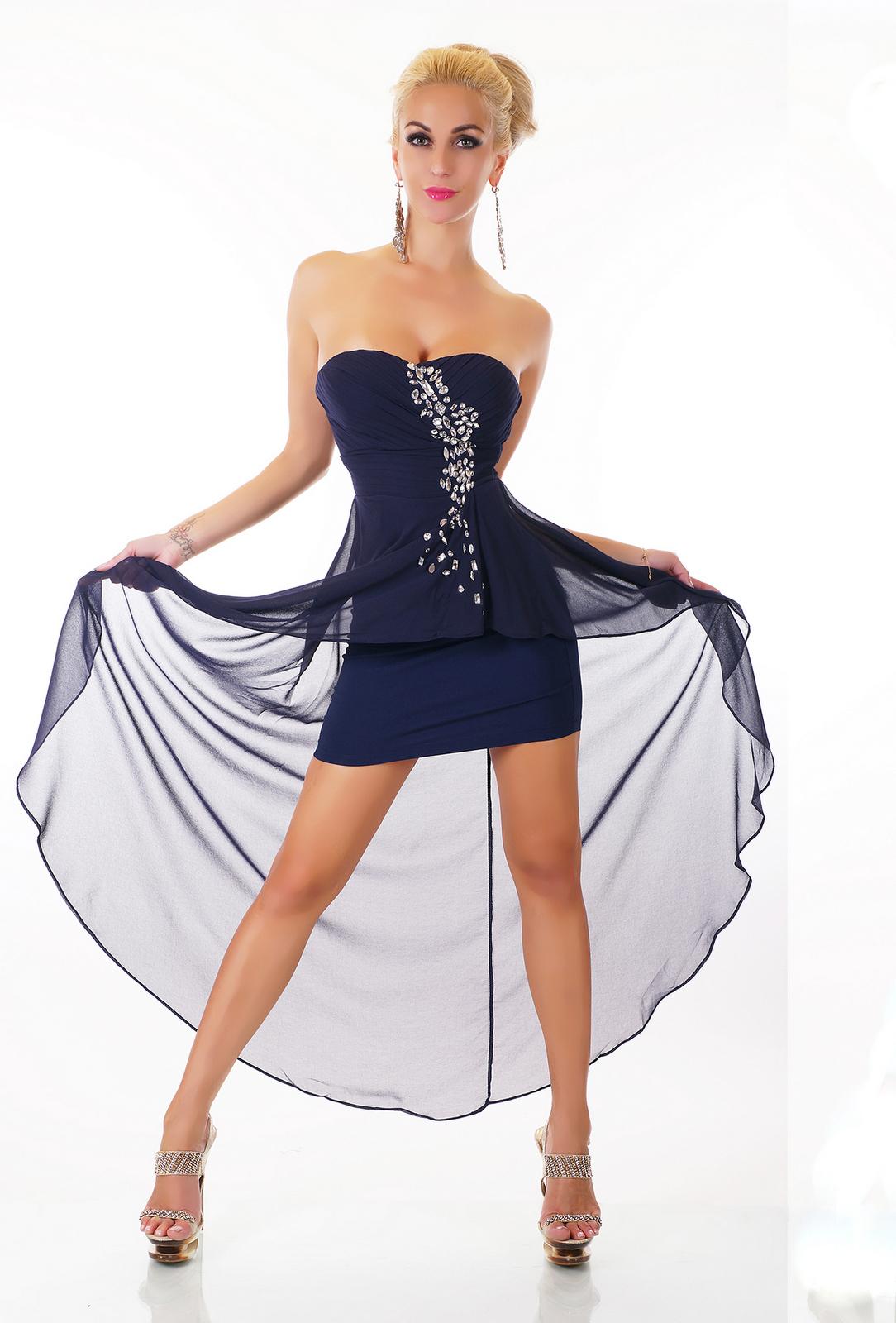 9e11ac3eb0bb Dámské plesové a společenské šaty
