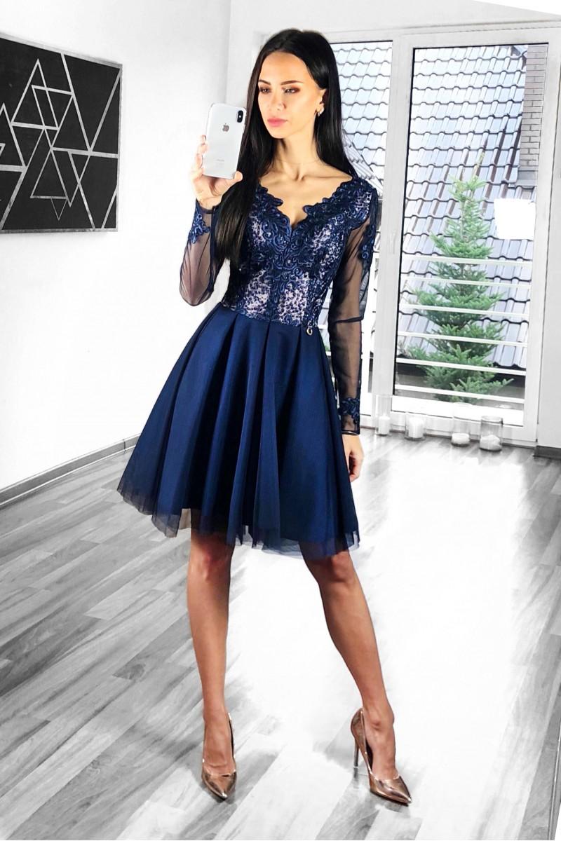 Dámské společenské krátké šaty Elina b79cedd4f2